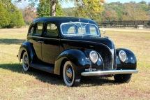 1938 Ford Sedan