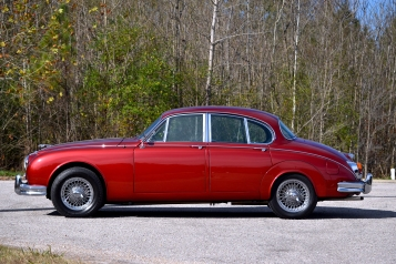 1964-jaguar-mark-ii-1